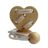Веревочная головоломка Сердце на подставке