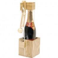 Дерев'яна головоломка Дістань пляшку