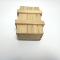 Дерев'яна головоломка Скринька з секретом Круть Верть