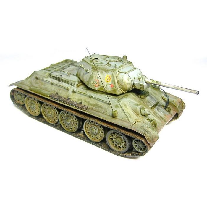 Збірна модель для склеювання радянський танк Т-34/76