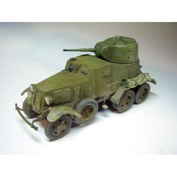 Збірна модель для склеювання бронеавтомобіль БА-10