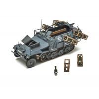 Сборная модель для склеивания немецкий БТР Ханомаг с пусковыми установками