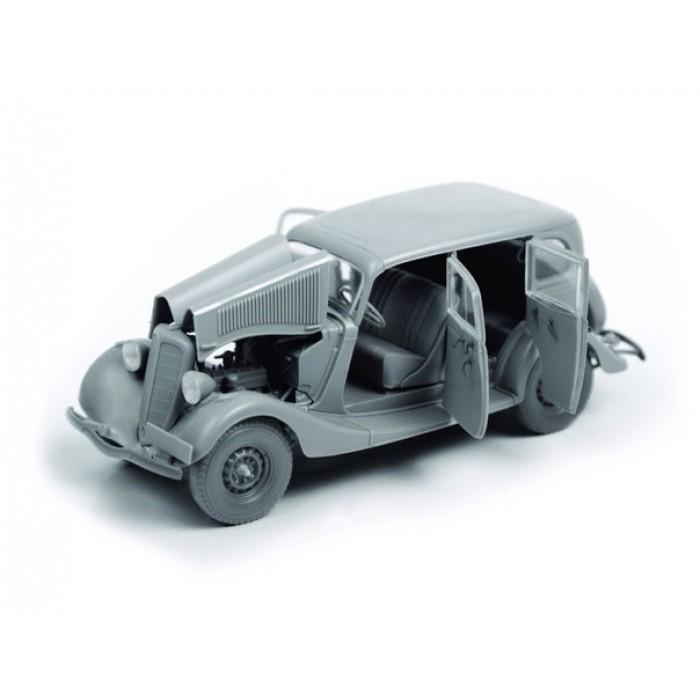 Збірна модель для склеювання автомобіль ГАЗ М1