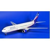 """Збірна модель для склеювання пасажирський авіалайнер """"Боїнг 767-300"""""""