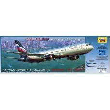 """Сборная модель для склеивания пассажирский авиалайнер """"Боинг 767-300"""""""