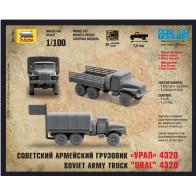 Сборная модель советский армейский грузовик Урал 4320