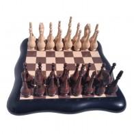 Шахматы эксклюзивные Фигурные (40х40см). Коричнево-кремовые. Доска бокс.