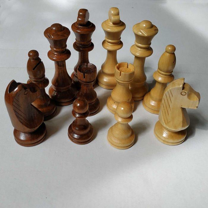 Шахові фігури W-040